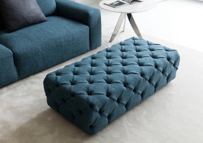 pouf capitonn berto salotti. Black Bedroom Furniture Sets. Home Design Ideas